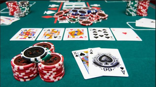 Hal Yang Dapat Didapatkan Saat Bermain Judi Poker Online